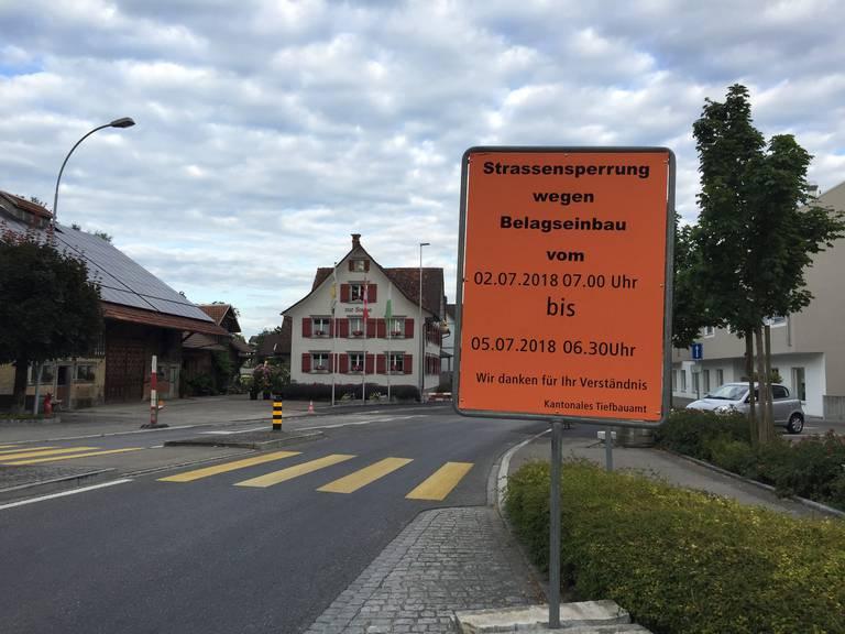 Vom 2. bis zum 5. Juli ist die Strasse zwischen Neukirch-Egnach und Arbon komplett gesperrt, eine Umleitung wird via Egnach geführt. (Bild: FM1Today/Fabienne Engbers)
