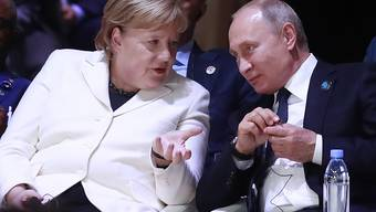 Die deutsche Kanzlerin Angela Merkel und der russische Präsident Wladimir Putin haben ein Telefonat bezüglich des Ukraine-Konflikts geführt. (Archivbild)
