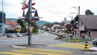 Diese Barriere in Unterentfelden wurde beim Zwischenfall leicht beschädigt.