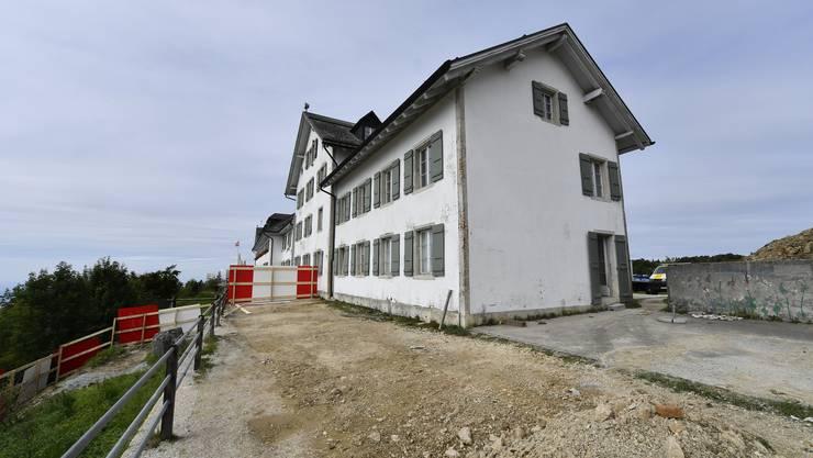 Der Ost-Flügel des Kurhauses Weissenstein wird abgebrochen