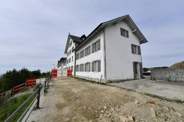 Der Startschuss zum Neubau des Hotel Weissenstein fiel am 11.September 2017. Der Ost-Flügel des Kurhauses Weissenstein wird abgebrochen.
