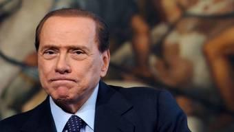 Silvio Berlusconi weist Anschuldigungen zurück (Archiv)