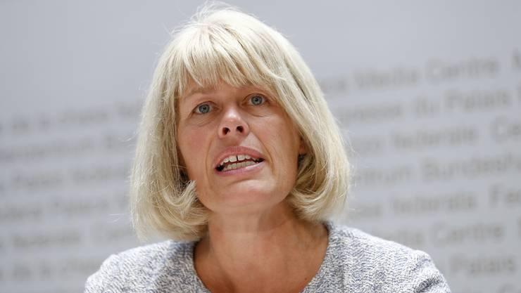 Sara Stalder, Geschäftsleiterin der Stiftung für Konsumentenschutz (SKS), knüpft sich das grösste Schweizer Telekomunternehmen vor..