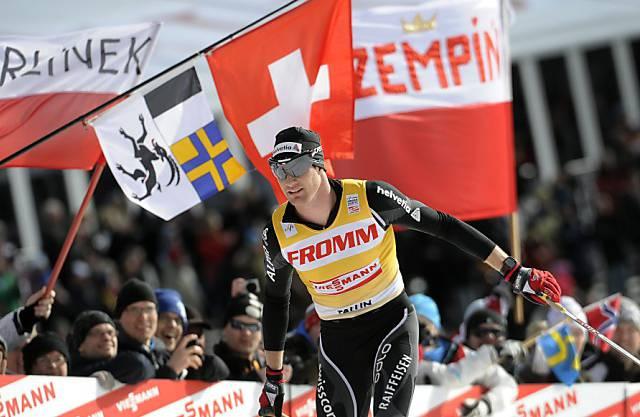 Dario Cologna läuft auch national als Sieger ein.