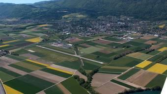Kantonsgrenze unsichtbar, aber sehr wohl spürbar: Die Region Grenchen-Lengnau aus der Luft.