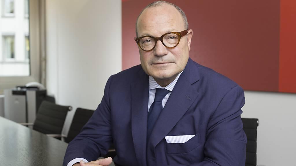 Der ehemalige Barry-Callebaut-Chef Andreas Schmid gibt nach den jüngsten Entwicklungen den Kampf um das Aryzta-Verwaltungsratspräsidium auf.