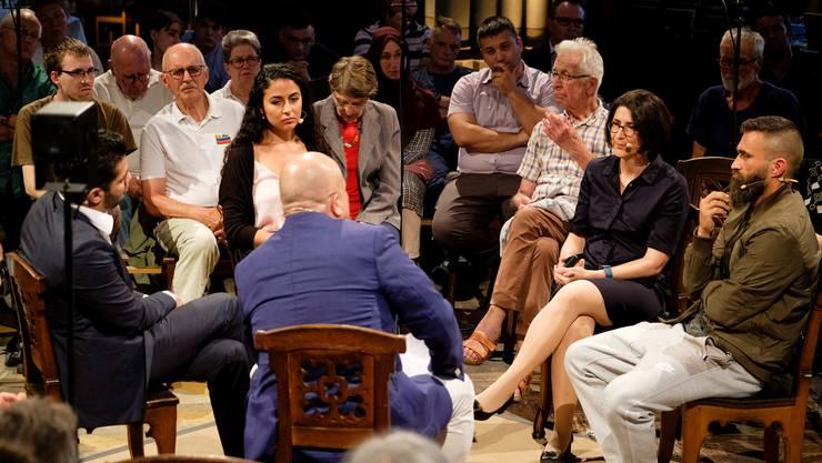Yavuz Tasoglu, Derya Sahin Tokay, Seyhan Bayraktar und Ünsal Arik im Gespräch mit Frank Lorenz.