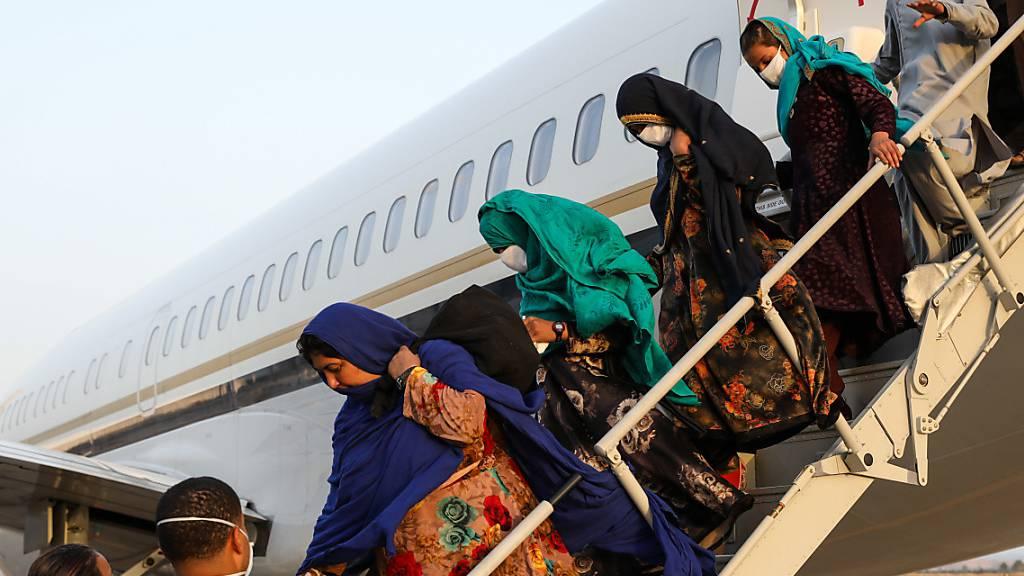 USA und Verbündete fliegen 6800 Menschen aus Kabul aus
