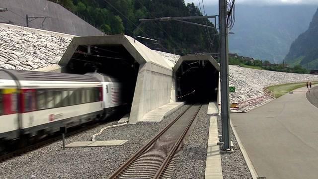 Riesenfeier am Gotthard