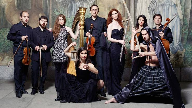 tacchi alti bieten mit dem neuen Programm zur Musik auch Live-Tanz.zvg
