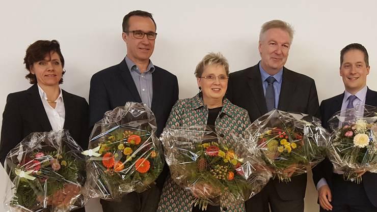 Von l. nach r. Christine Kaufmann (EVP), Daniel Hettich (LDP), Silvia Schweizer (FDP), Hansjörg Wilde (parteilos), Daniel Albietz (CVP)