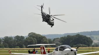 Sikorsky CH32 der Deutschen Luftwaffe ist in Grenchen gelandet.