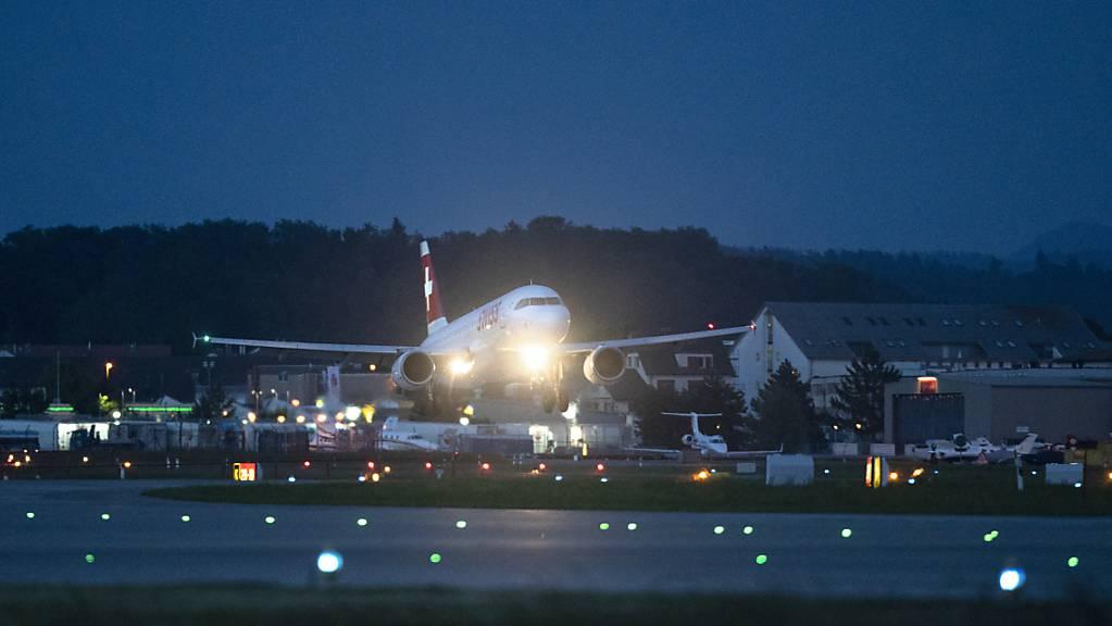 Die Corona-Pandemie hatte auch Auswirkungen auf den Flugverkehr. Die Messstation in Balterswil hat noch nie so wenige Fluglärmereignisse in den Nachtstunden erfasst wie 2020. (Symbolbild)
