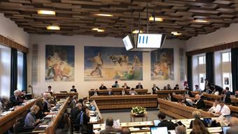 Im Landrat wird es am Donnerstag mehr Platz geben: Mehrere Landräte nehmen nicht an der Sitzung teil.