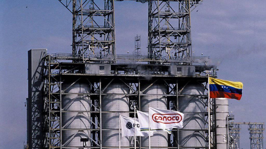Die frühere Öl-Raffinerie des US-Konzerns ConocoPhillips in der venezolanischen Hauptstadt Caracas. (Archivbild)
