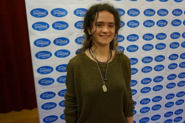 Die 15-jährige Sandra Christen aus Urdorf sang Accapella ein Medley («May it be» von Enya, «Amazing Grace» und «I see fire» von Ed Sheeran).