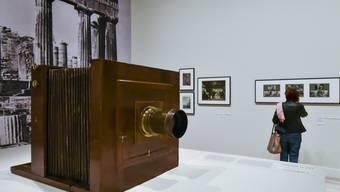 """""""Fred Boissonnas und das Mittelmeer. Eine fotografische Odyssee"""", so heisst eine neue Ausstellung im Genfer Museum Rath. Die Schau zeigt den Genfer Fotografen mit seinen Fotografien, die zu Beginn des 20. Jahrhunderts auf seinen Reisen in den Mittelmeerraum entstanden sind."""