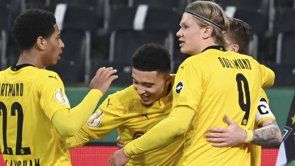 Dortmunds Jadon Sancho feiert sein Siegestor im Team