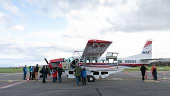 Die neu erworbene Cessna Caravan macht auf dem Weg in den Südsudan Halt im Birrfeld.