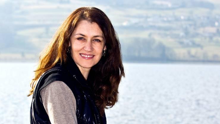 Seit fünf Jahren lebt die 44-jährige Mundartsängerin in Fahrwangen oberhalb des Hallwilersees.