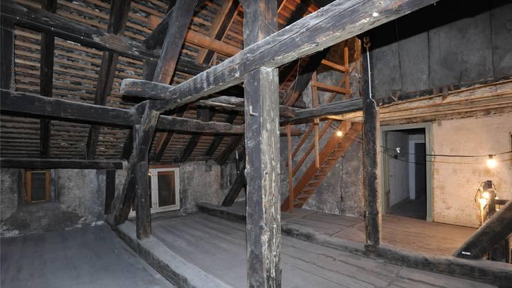 Dieser Dachstock hat das grosse Erdbeben von 1356 überstanden. niz