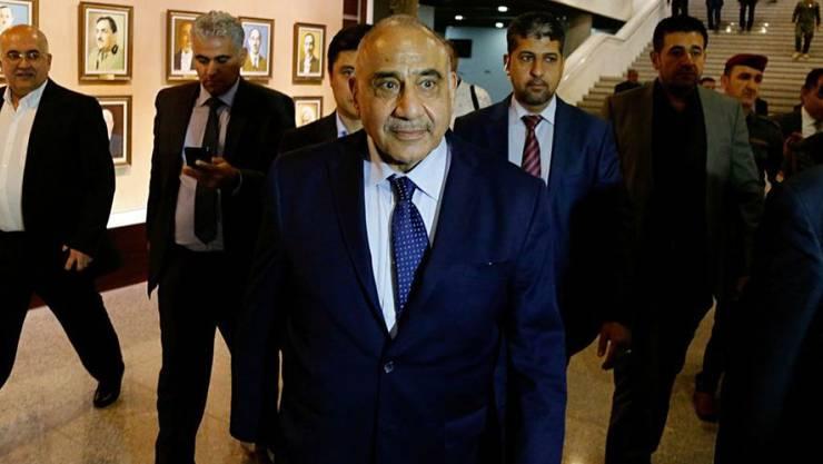 Der neue irakische Präsident Saleh hat überraschend den unabhängigen Politiker Adel Abdel Mahdi mit der Regierungsbildung beauftragt.
