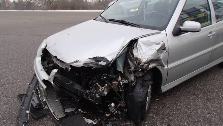 Der VW-Fahrer missachte das Rotlicht an der Kreuzung.