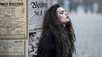 Ella Rumpf als Fleur-Salomé im Mystery-Thriller «Freud».