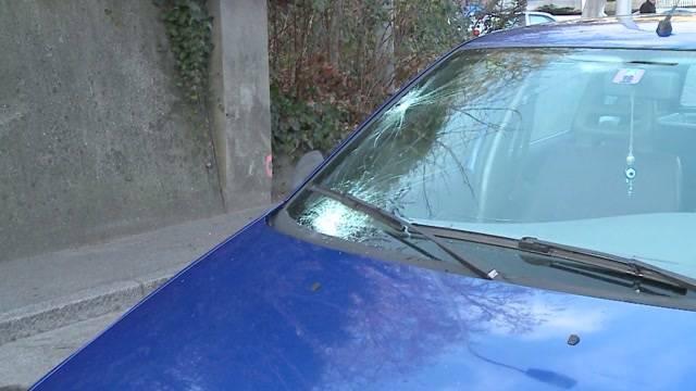 Auto erfasst Fussgängerin in Aarau