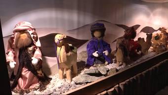In Betterkinden wird auf einer 20 Meter langen Krippe die Weihnachtsgeschichte erzählt. Mehrere Monate lang wurde von Hand am Kunstwerk gebastelt.