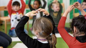 Ist Quarantäne für Kinder (im Bild Kindergarten in Suhr) unter sechs Jahren überhaupt machbar?