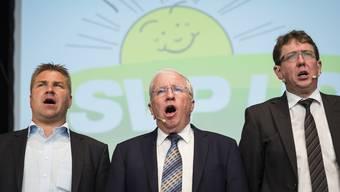 Brunner, Blocher und Rösti an der SVP-Delegiertenversammlung im August 2015.