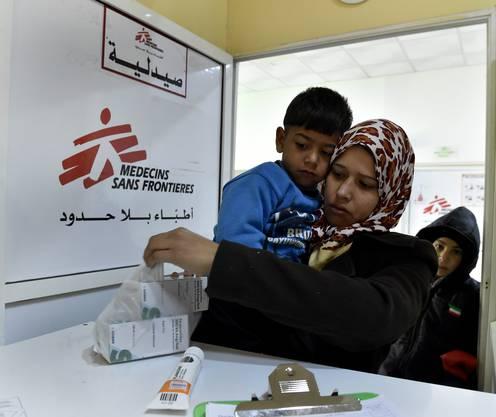 In den Kliniken können die Flüchtlinge Medikamente abholen