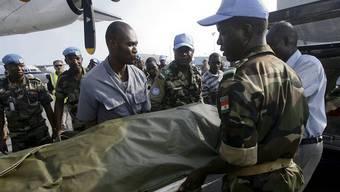 Sieben UNO-Soldaten wurden an der Grenze zu Liberia getötet