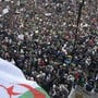 Trotz grosser Sicherheitsvorkehrungen haben in Algerien erneut Zehntausende gegen eine fünfte Amtszeit von Präsident Abdelaziz Bouteflika protestiert.
