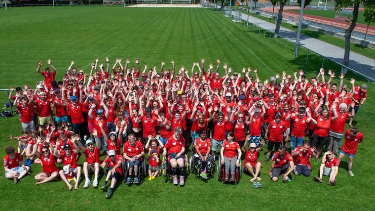 103 Teilnehmende und 52 Leitende trafen sich unter dem Lagermotto «Füür und Flamme» zur 28. Ausgabe von «Das andere Lager» im Sportcamp Melchtal.