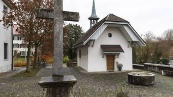 Die Antonius-Kapelle, die neben der Kirche steht, muss saniert werden