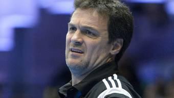 Kadettens Trainer Marc Baur schaut skeptisch drein
