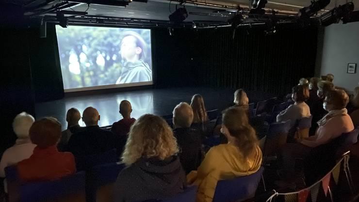 Rund 80 Besucher schauten sich am Sonntag den Film «The Bookshop» in drei Vorstellungen im Wohler Sternensaal an.