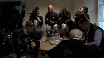 Er ging mit viel Aufmerksamkeit: David Goodall begleiteten bis fast zuletzt Medienleute aus aller Welt.