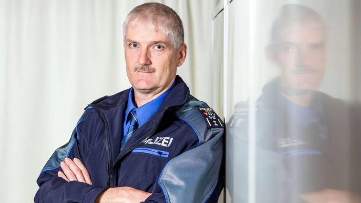 Thomas Zbinden (53) ist seit 1997 Polizist in Suhr und seit 2003 Chef der Repol Suret.