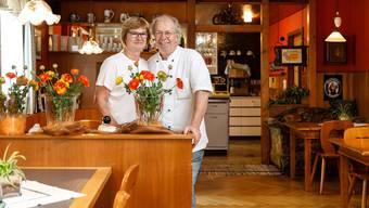 """Veronika und Alois Nussbaumer geben den """"Frohsinn"""" in Raten auf."""