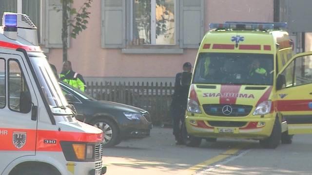 Polizeisperre in Aarau nach Geschossknall