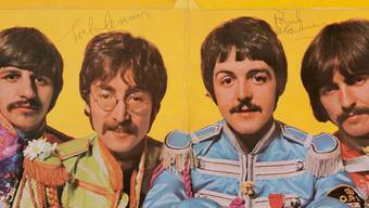 "Ausschnitt des Covers der Beatles-Platte ""Sgt. Pepper's Lonely Hearts Club Band"" (Bild: Heritage Auctions)"