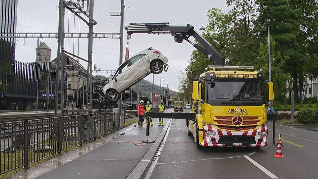 Crash beim Bahnhof: Halterin sass nicht selbst am Steuer