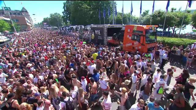 Street Parade live – 15 Uhr