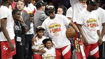 Mega-Party bei den Raptors: Kyle Lowry feiert den Titel der Raptors mit seinen Kindern