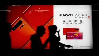 Vor wenigen Tagen hat Donald Trumps US-Regierung den chinesischen Mega-Konzern Huawei auf eine schwarze Liste gesetzt.