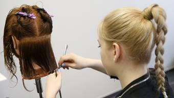 Lehrlinge im Friseurgewerbe brechen am häufigsten ab.