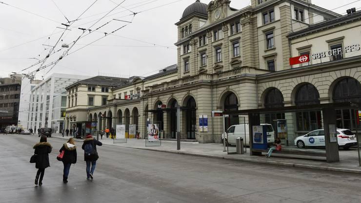 In der Post am Bahnhof Winterthur ist es zu einem Polizeieinsatz gekommen. (Archiv)